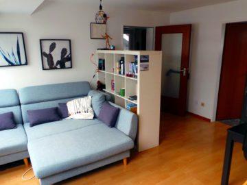 Zentrumsnah: Zwei Zimmer mit Einbauküche im Dachgeschoss, 40764 Langenfeld, Dachgeschosswohnung
